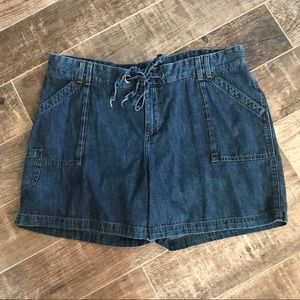 Lee shorts size 22W lower on the waist med wash